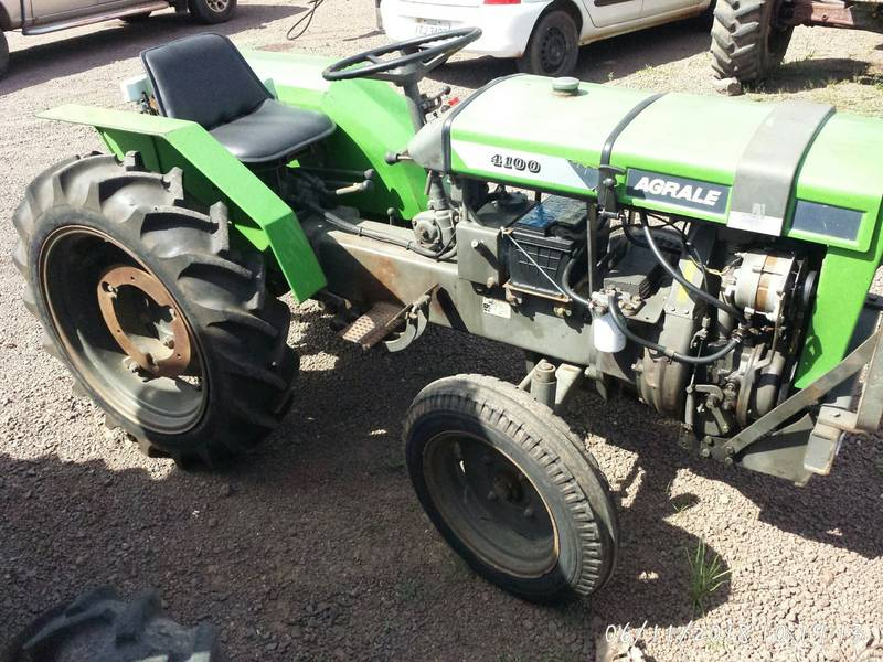 TRATOR AGRALE 4100 (DIE-1390) ANO 1994 - R$ 13.500,00