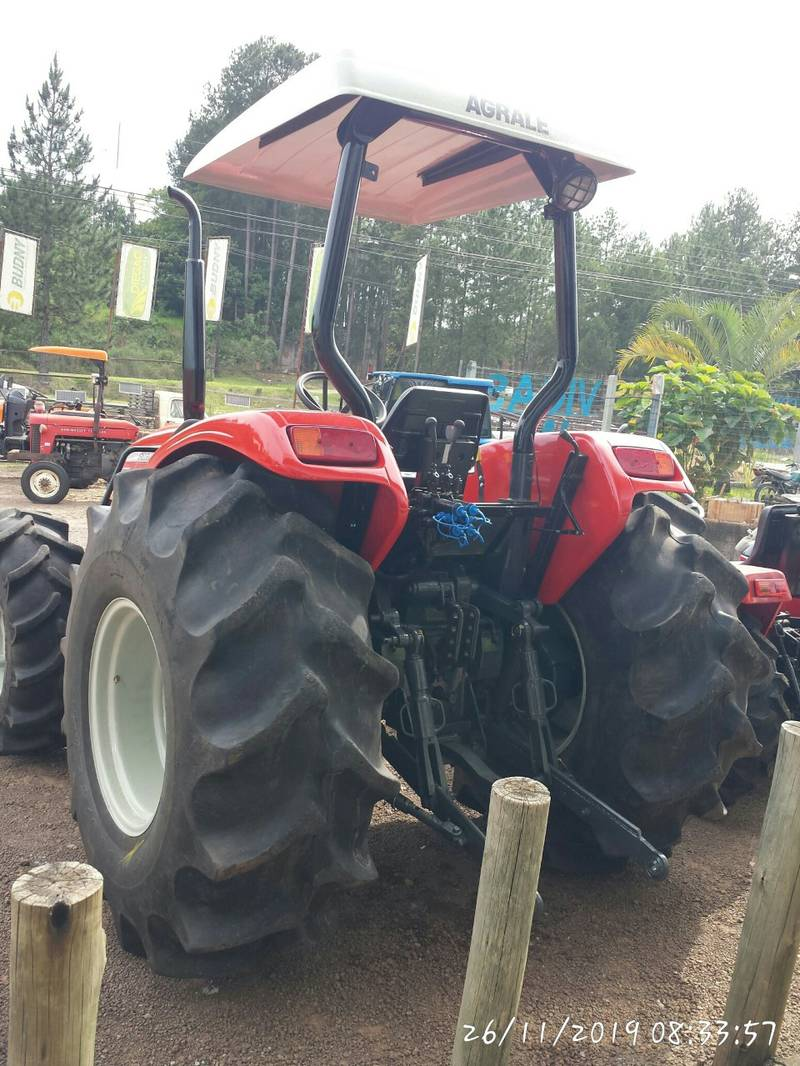 TRATOR AGRALE 5075.4 - 4X4 - ANO 2008 - R$ 72.000,00